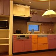 キッチン扉のカラーリノベ